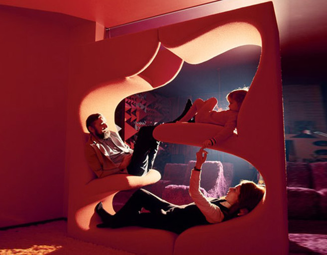 Verner Panton with family na Living Tower